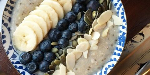 Super-simple-porridge-with-banana-blueberries-pumpkin-seeds-and-flaked-almonds.-Dont-forget-to-enter