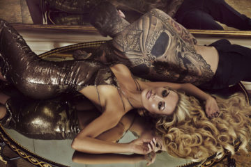 """Georgia and Rosanna start a Gold Rush as they go Global with Gold Fever   Rosanna Davison with model Stephen James  pictured as she   fronts the  global campaign to launch Gold Fever Hair Extensions, the very latest in pure luxury from the Gold family. Widely acclaimed as the original creators of hair extensions 25 years ago, the Gold family has supplied premium ethically sourced hair to celebrities and stars all over the world including Whitney Houston, Lisa Marie Presley and many more.  """"I love Gold Fever hair so much."""" said Georgia Salpa. """"They are so natural looking and no one thinks I'm wearing extensions. Every time I style my hair it look amazing""""     Georgia Salpa and Rosanna Davison recently jetted out to Rome to shoot the stunning global campaign for Gold Fever which is now being rolled out across Ireland, the UK and the US.  """"I'm so happy with my Gold Fever extensions, they are the silkiest extensions I have ever worn and couldn't be easier to wash, blow dry and style"""" said Rosanna Davison.  Irish fashionistas have been quick to join the Gold rush and glitterati. Some clients include: Roz Purcell, Holly Carpenter, footballer Stephanie Roche, Sinead Duffy, Emma O'Driscoll, Nikki Hayes, Roz Lipset, Danielle Lloyd, Nicola Hughes, Suzanne Jackson, Rebecca Maguire, Tiffany Stanley, Nikki Kavanagh,  Bewitched Star Sinead O'Carroll, RTE Blathnaid Tracey, Sara Kavanagh, Celtic Women Star Chloe Agnew, Celia Holman Lee and TV Presenter Lisa Cannon to name but a few. The ladies are already flicking their magnificent manes of Gold Fever hair extensions before the product officially hits the salons in March.  PHOTOGRAPHER:Nima Binati No Repro fee for one use for more info contact Valerie Roe: 086 2417094     The reason for this veritable Gold rush and excitement amongst hair extension devotees is that Gold Fever is completely unique in the industry. It is the only company in the world that has full ownership of its own supply chain, from sourcing to processing and del"""